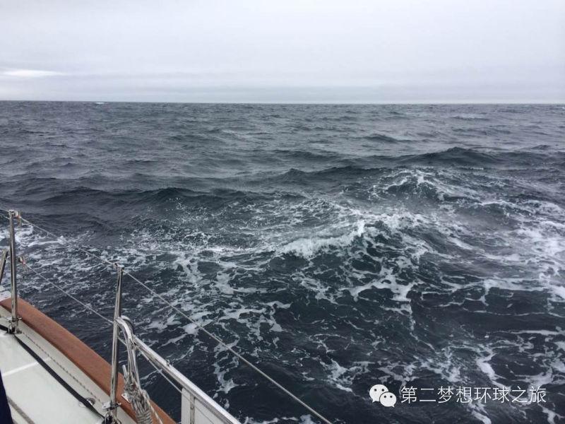 40节大风,第二梦想号在风浪中前行 74017