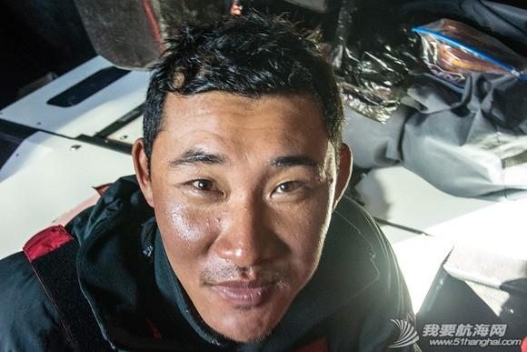 东风队,中国队员,孔晨诚 东风队中国队员孔晨诚表示能够代表中国参加沃尔沃环球帆船赛十分自豪