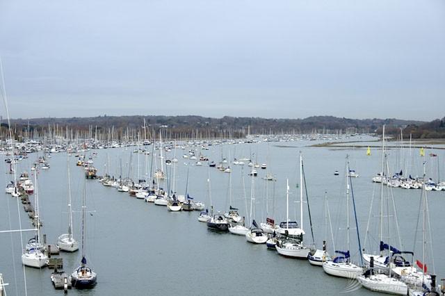 especially,potential,sailing,choice,easier 译文:如何选择你的第一条帆船