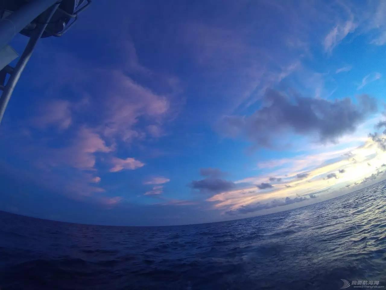 22岁她才见到海,27岁她在海上看世界
